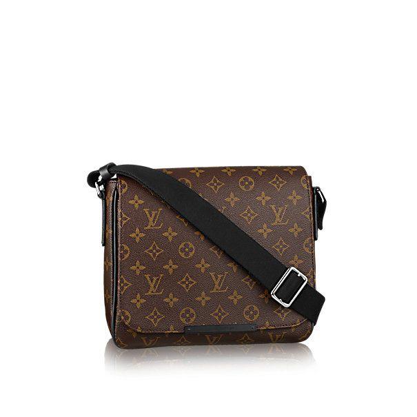 Túi xách nam Louis Vuitton hàng chuẩn Siêu cấp đang có hàng và nhiều tại Shop. Đặc biệt Shop giao hàng tận nơi thanh toán. Miễn Phí Ship Toàn Quốc nha khách