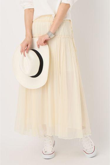 シルククレープロングスカート  シルククレープロングスカート 31320 2016SS IENA mariage dans la foret 家族や友人とリラックスして楽しむフランスの結婚式 フランスのMARIAGEは日本よりもカジュアルで手作りのイメージ 緑にかこまれてお祝いするイメージで オケージョンアイテムwhitegreen展開の特別なアイテムを作ります 繊細で華奢なビンテージ感のあるシルク100の楊柳素材で仕立てました 生地をたっぷり使い甘さや女性らしい印象ながらシルク素材により大人っぽく着こなせます シルクの華奢さと透け感がありマキシ丈でもエアリーで旬なアイテム シンプルなTシャツに合わせても素敵です シリーズでブラウスもございます 品番16051900558020 取り扱いについては商品についている品質表示でご確認ください シルク製品水洗い不可スラブやネップがあるもの 摩擦により毛羽立ちや毛玉ができることがあります 表面に太い線状のフシや繊維のかたまりがありますが素材の特徴としてお楽しみください 楊柳…