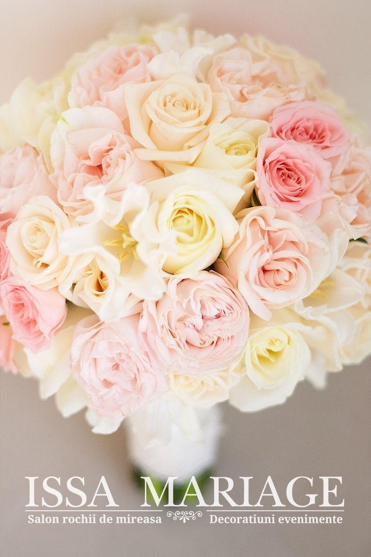 buchet mireasa superb in culori pale roz si ivory