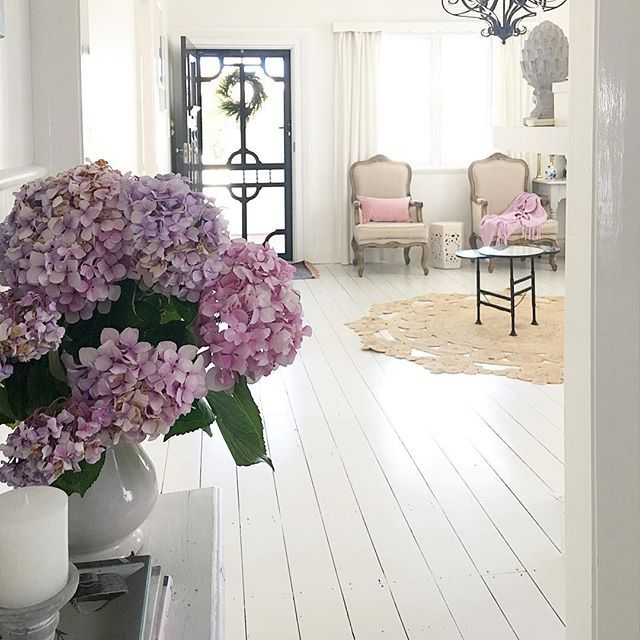 Last day of my holiday today.... looking forward to another year of bringing some elegance to your homes X