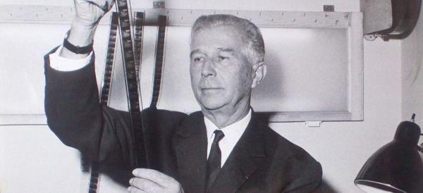 Jean Mineur, né le 12 mars 1902 à Valenciennes et mort le 19 octobre 1985 à Cannes. Pionnier de la publicité et du cinéma publicitaire en France. Son agence de publicité est symbolisée par le célèbre personnage du « Petit Mineur ».