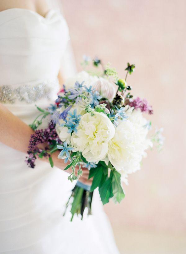 White and purple bouquet | Photo by Jose Villa