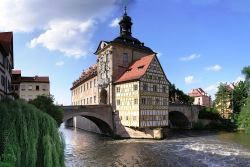 Germany+Trip+Plan:+<b>4-days+in+the+World+Heritage+City+of+Bamberg</b>+-+Spend+a+wonderful+long+weekend+in+romantic+Bamberg,+in+the+heart+of+Franconia+(Bavaria),+surrounded+by+three+of+Europe's+most+beautiful+Nature+Parks,+Franconian+Switzerland,+Steigerwald+and+Haßberge.+Experience+the+atmosphere+of+the+old+streets+and+cathedral+square,+the+view+of+Little+Venice,+and+enjoy+the+panorama+of+the+city+landscape+and+the+beautiful+surroundings+from+the+top+of+Michaelsberg.