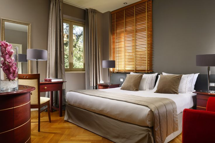 Superior rooms, located in the top floors of the property.