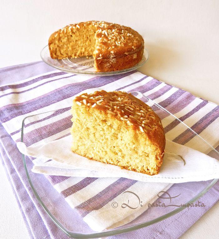 Torta morbida allo sciroppo d'acero (senza uova, burro, zucchero e lattosio)