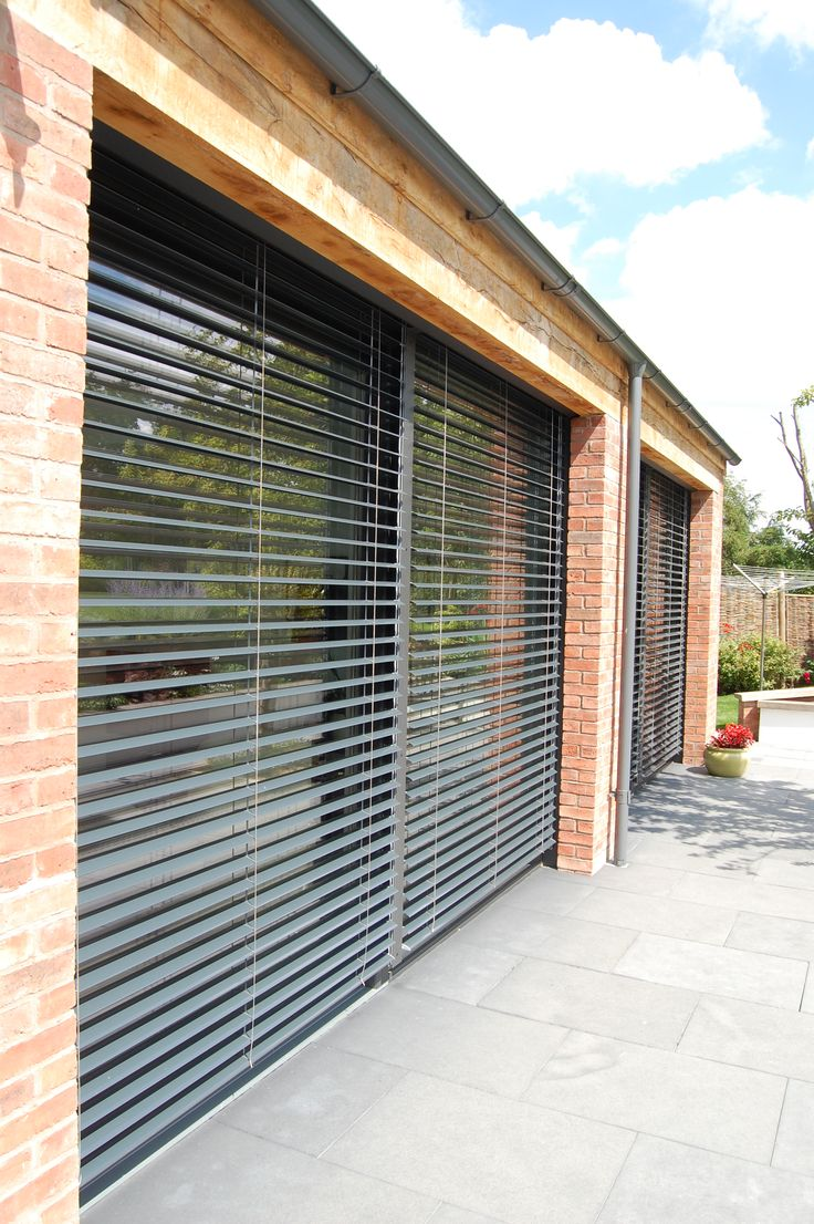 External Venetian Blinds were included on the South Elevation to reduce overheating in the summer and provide shading and privacy.