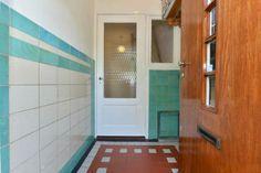 vloer en wandtegels jaren 30 stijl
