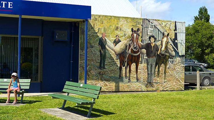 Katikati, town of murals, see more at New Zealand Journeys app for iPad www.gopix.co.nz