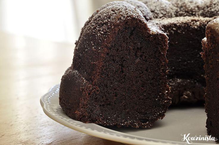 Υγρό σοκολατένιο κέικ / Moist chocolate cake