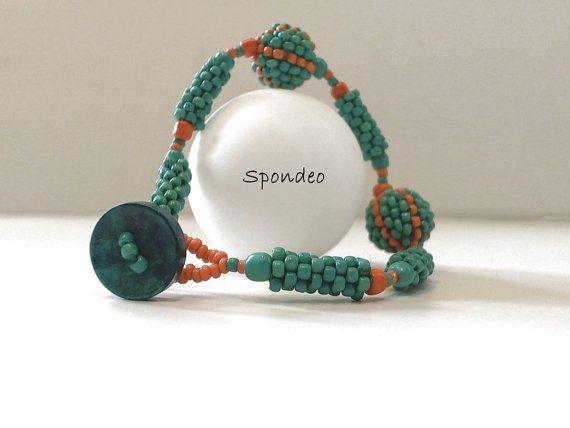 Beadwork bracelet Seed bead bracelet Green Becharmed by Spondeo