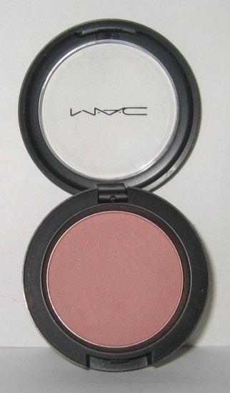 M.A.C. - Cubic Blush