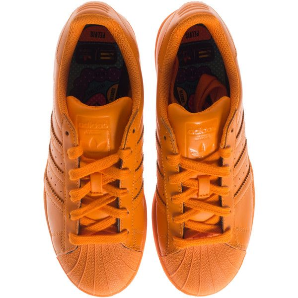 ADIDAS X PHARRELL WILLIAMS Supercolor Bright Orange Flat leather... ($110) ❤ liked on Polyvore featuring shoes, sneakers, adidas, bright sneakers, orange shoes, leather sneakers, adidas shoes and bright colored sneakers