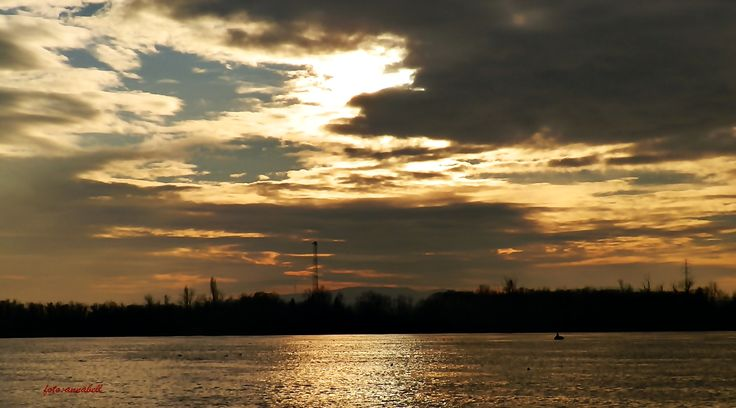 Duna felett