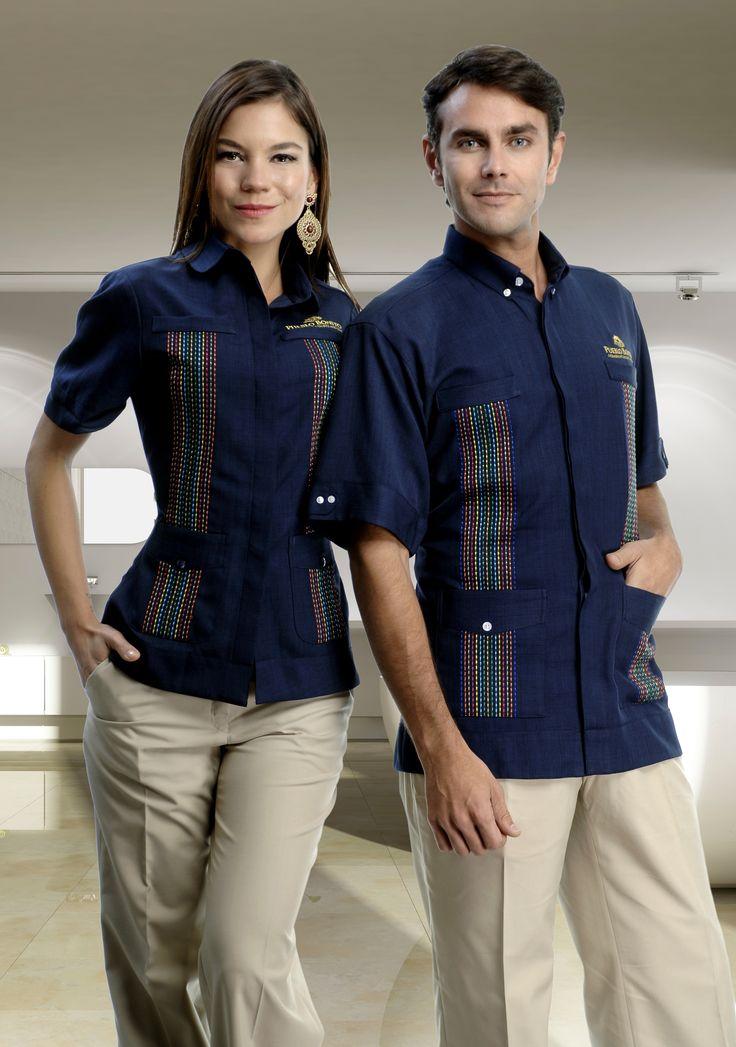 Uniforme mixto para empleados de Hotel, reliza tu cotización aquí http://www.creacionesred.com.mx/
