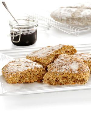 Grove scones med sammalt hvete og yoghurt Naturell