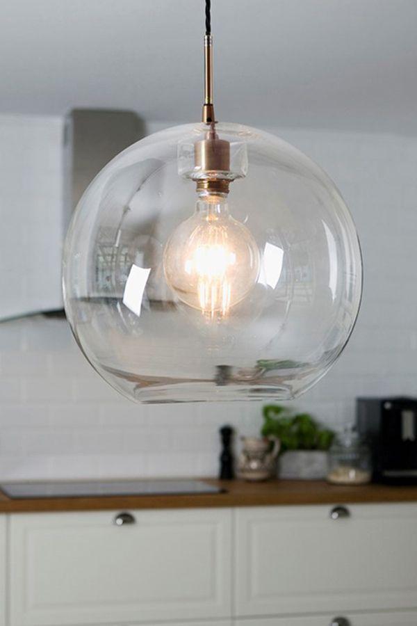 Belid Hangelampe Mit Transparentem Lampenschirm Und Einer Kupferfarbenen Fassung Ausserdem Wir Die Leuchte Mit Einem Kabel Und Stecker Geliefe In 2020 Deckenleuchten Lampe Beleuchtung Decke