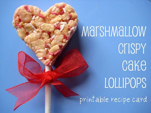 Marshmallow crispy cake heart lollipops - valentine baking, cute, sweet, ever so yummy