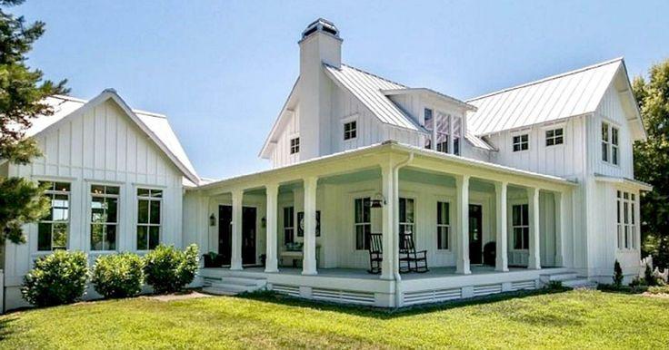 cool 60 Beautiful Modern Farmhouse Exterior Design https://homedecort.com/2017/05/beautiful-modern-farmhouse-exterior-design/
