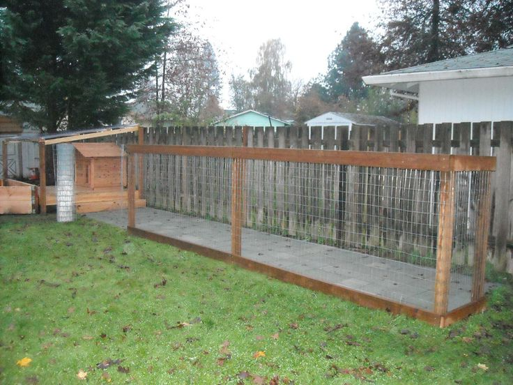 Dog Run - Putting Up the Fence | Dog run fence, Diy dog ...