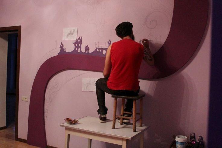 http://www.boredpanda.com/ks-fairytale-i-e-3d-glow-in-the-dark-mural/