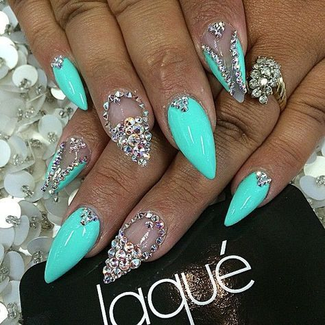 Turquoise | Teal | Neon | Rhinestones | Crystals | Claws | Nail Designs | Nail Art | Shiny | Sparkle | Laque | Pretty