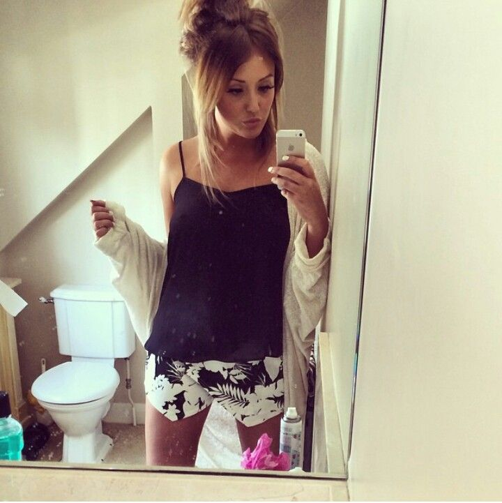 Casual Spring/Summer outfit - Charlotte Crosby