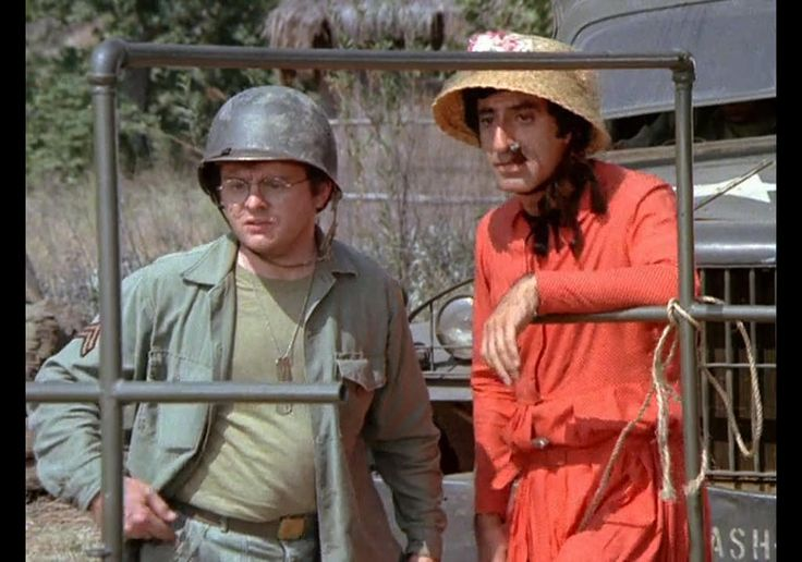 "Gary Burghoff, Jamie Farr, M*A*S*H, ""Bug Out,"" 1976 Radar & Klinger - Loved this show!"