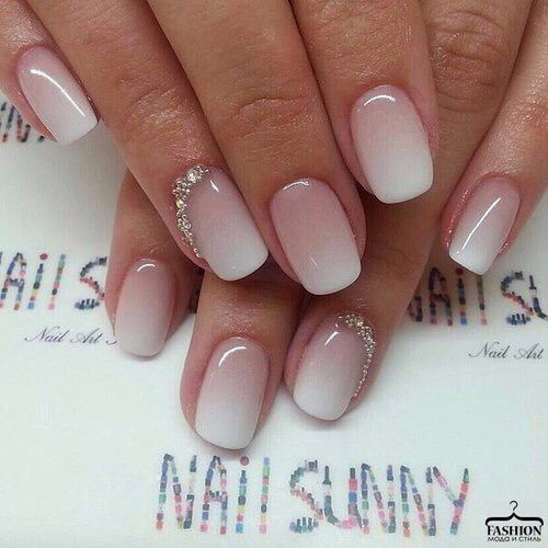 Bild über We Heart It #beige #colors #creative #decoration #nailart #nails #naildesign #ombre