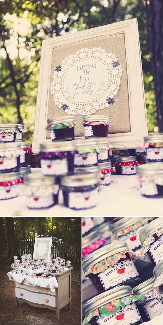 Jam wedding favors to spread the love! Captured By: Sarah Murray Photography ---> http://www.weddingchicks.com/2014/05/13/quirky-budget-friendly-wedding/
