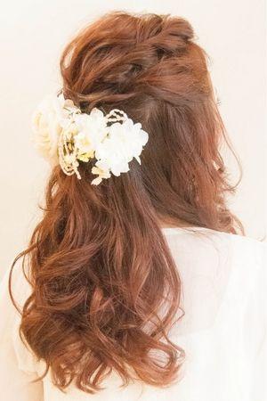 人気のダウンスタイル☆結婚式、二次会に♪