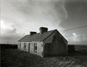 Amelia Stein Big Sky – House by the Cliff www.sofinearteditions.com/amelia-stein/