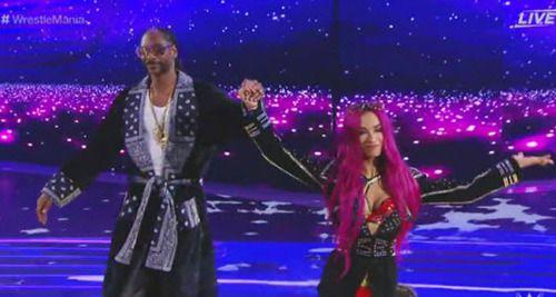 Here's Snoop Dogg Performing Sasha Banks's Entrance...: Here's Snoop Dogg Performing Sasha Banks's Entrance Theme At… #SashaBanks #WWE