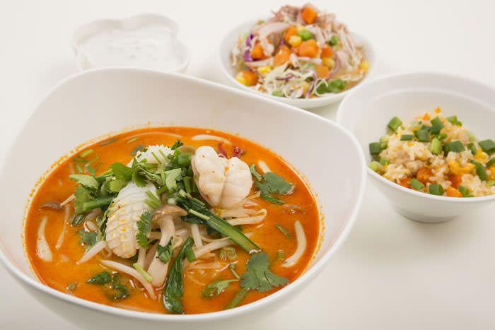 タイ料理レストラン ジャスミンタイ 六本木・四谷・八重洲・コレド室町・大手町・西武池袋・高円寺 タイ人の一流シェフによる本場のタイ料理をご用意しております。本場の味はジャスミンタイにあります。