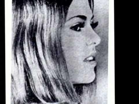 lupita d'alessio ... mi corazon es un gitano ...1971 . (+lista de reprod...