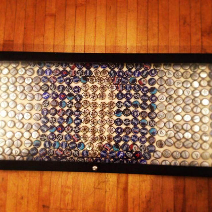 Duke logo beer bottle diy art with bottle caps and frame for Beer bottle picture frame