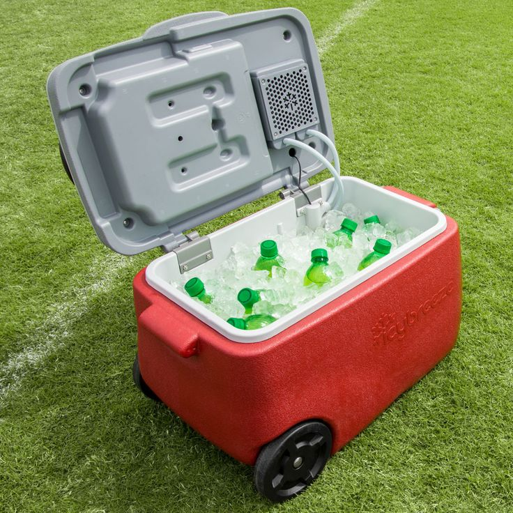 Just imagine this on a BEN-NO-MO stand! ----This Cool New Ice Chest Doubles As An Off Grid Air Conditioner!