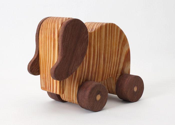 Jost Håndlavet træfigur og dekoration - Tinga Tango Designbutik