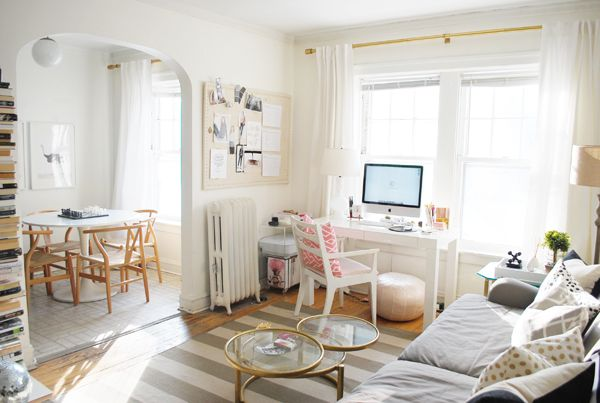Best 25 workspace desk ideas on pinterest study for Salon workspace