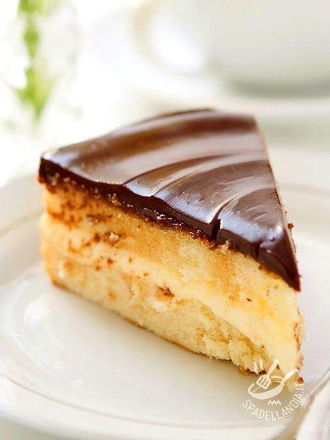 Cream pie and chocolate gluten-free - La Torta di crema e cioccolato senza glutine è un dessert squisito, che richiede un po' di tempo, ma il risultato è spettacolare!