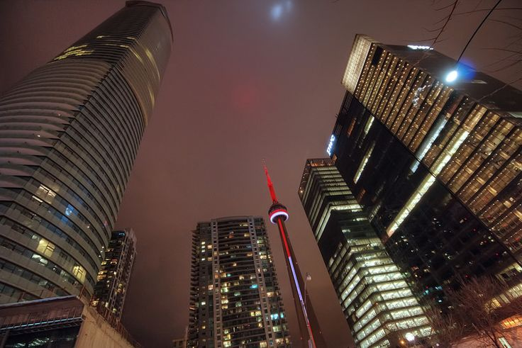 lights on the sky, CN Tower and Skyline at night, Toronto