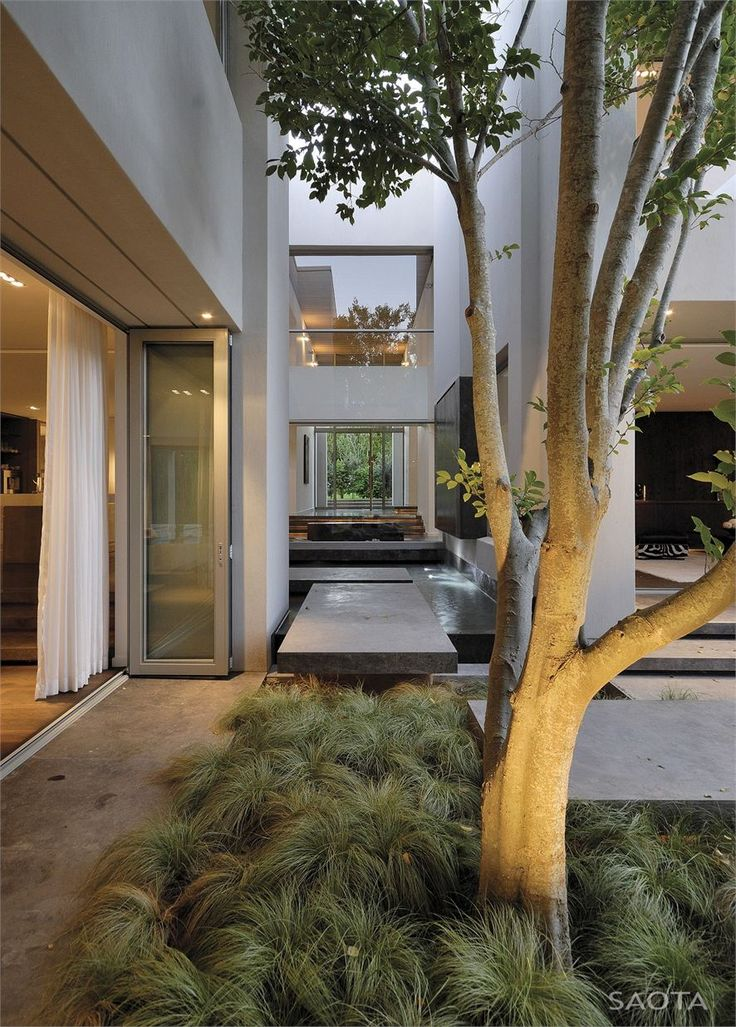 Indoor s meets outdoors ... beauty of South African architecture ...