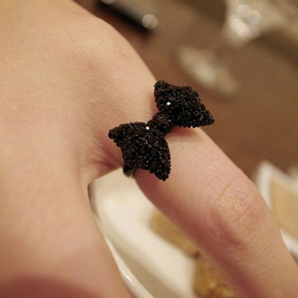 Lovely Cute Lady Girl's Black Rhinestone Bowknot Bow Tie/ Butterfly Ring