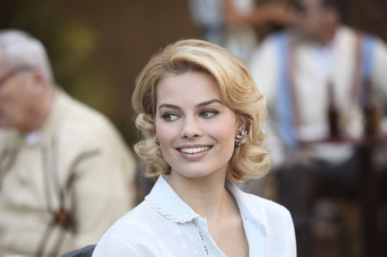 "Laura (Margot Robbie) in Pan Am 1.13: ""Romance Languages"""