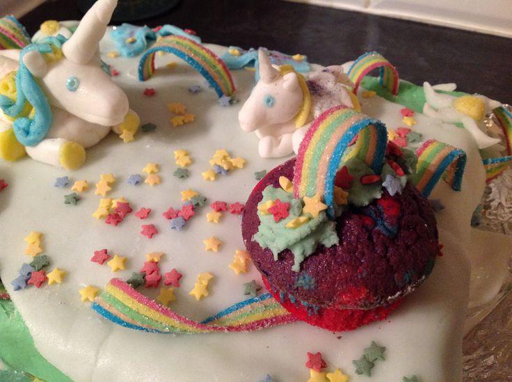 Esmes 6 th birthday cake...