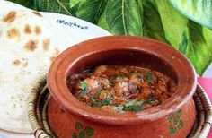 """Looking for chicken handi recipe? Try this """"chicken handi recipe"""" by chef shireen anwar! This recipe is purely eastern dish with yummy taste for chicken lovers."""