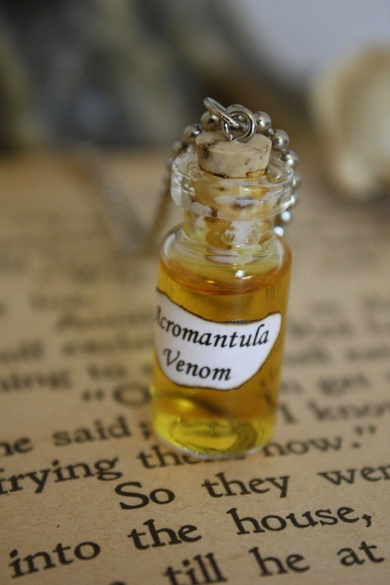 Harry Potter Potion  Acromantula Venom Vial by spacepearls on Etsy, $12,00