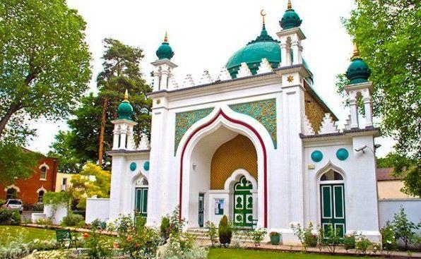 Shah Jahan Mosque #Woking #UK