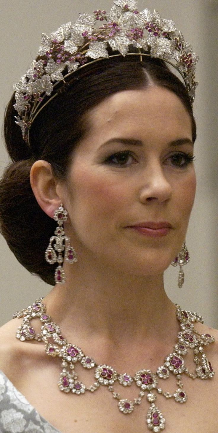 Princess Mary wears the Ruby Parure for the first time.