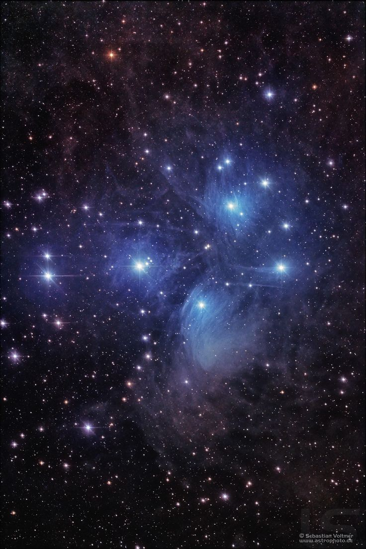 M45: the Pleiades. I am so amazed that there are many people who have never noticed them in the autumn night sky...