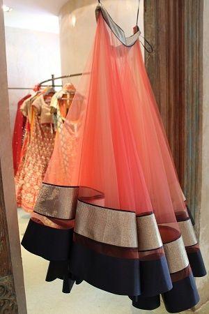 Glamorous skirt - love the color combo